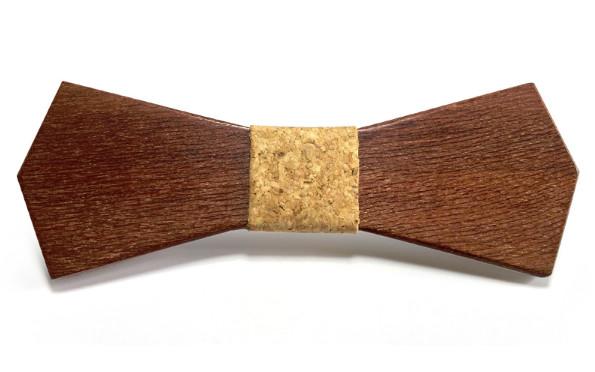 Dřevěný motýlek Gaira 709001